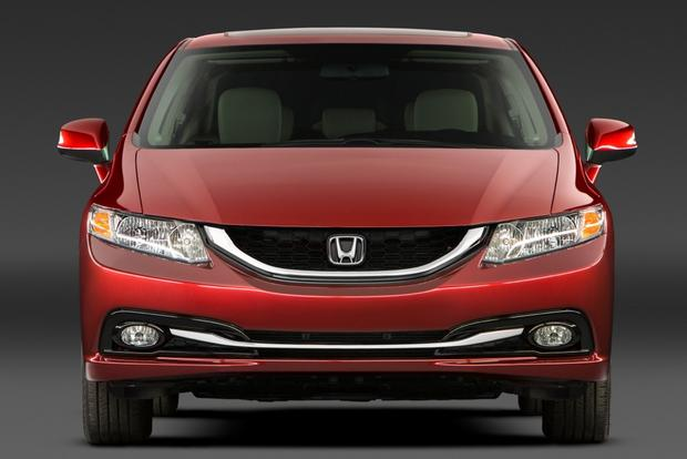 2014 Honda Civic: Used Car Review featured image large thumb3