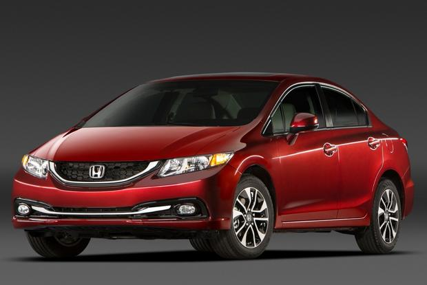 2013 vs. 2014 Honda Civic: What's the Difference? featured image large thumb12