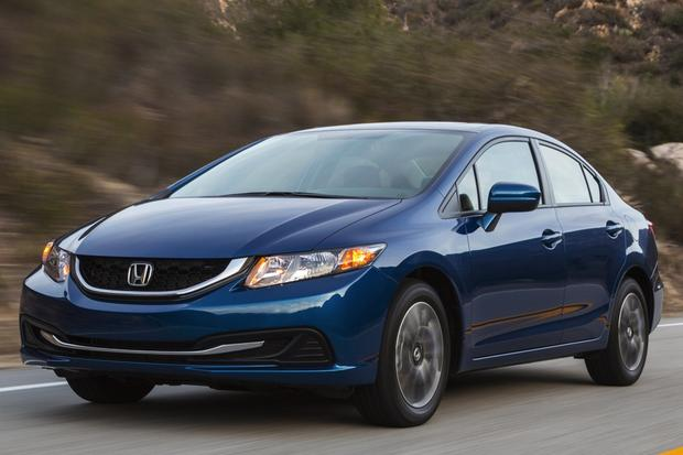 2014 Honda Civic vs. 2014 Hyundai Elantra: Which Is Better? featured image large thumb2