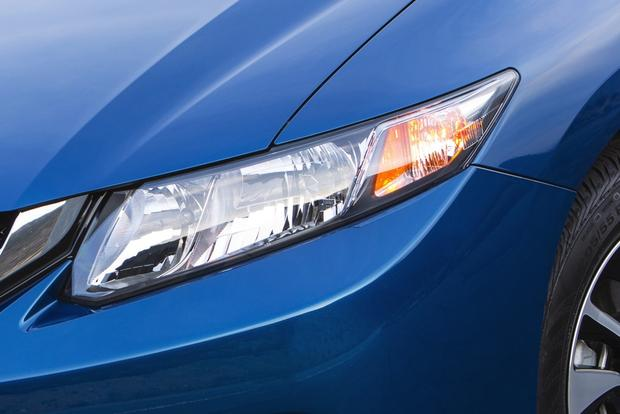 2014 Honda Civic vs. 2014 Hyundai Elantra: Which Is Better? featured image large thumb6