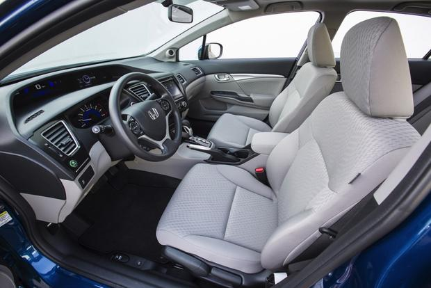 2014 Honda Civic vs. 2014 Hyundai Elantra: Which Is Better? featured image large thumb8