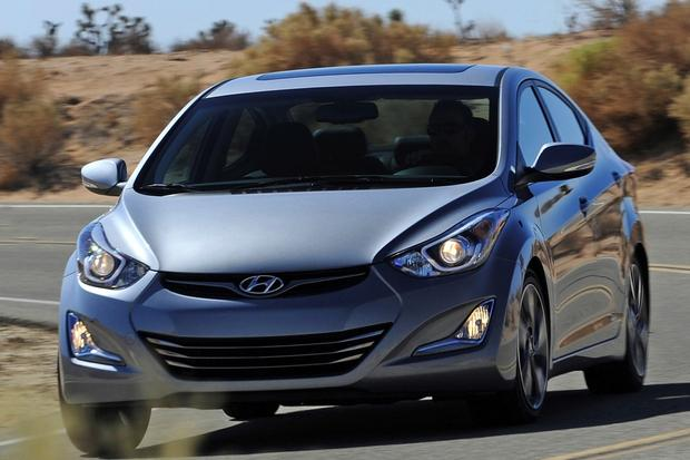 2014 Honda Civic vs. 2014 Hyundai Elantra: Which Is Better? featured image large thumb11