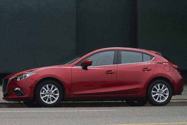 2014 Honda Civic vs. 2014 Mazda3: Which Is Better? featured image large thumb5