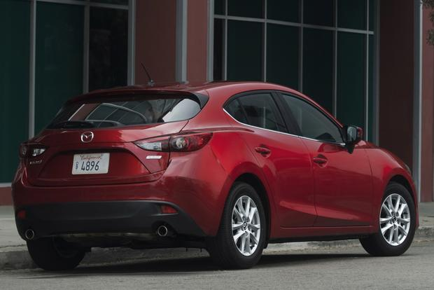 2014 Honda Civic vs. 2014 Mazda3: Which Is Better? featured image large thumb7
