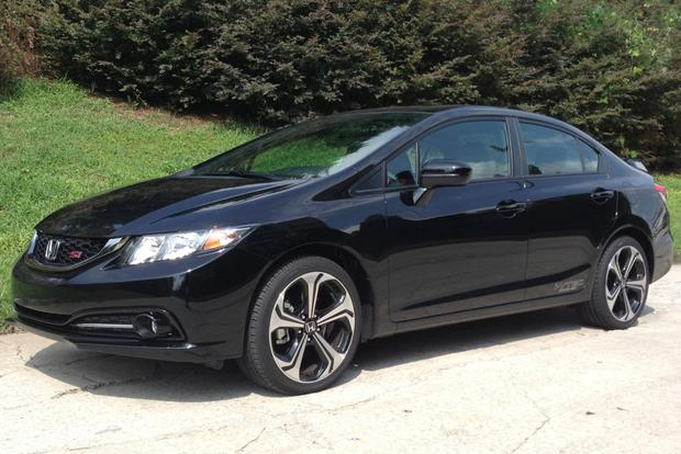 2014 honda civic si sedan real world review autotrader. Black Bedroom Furniture Sets. Home Design Ideas