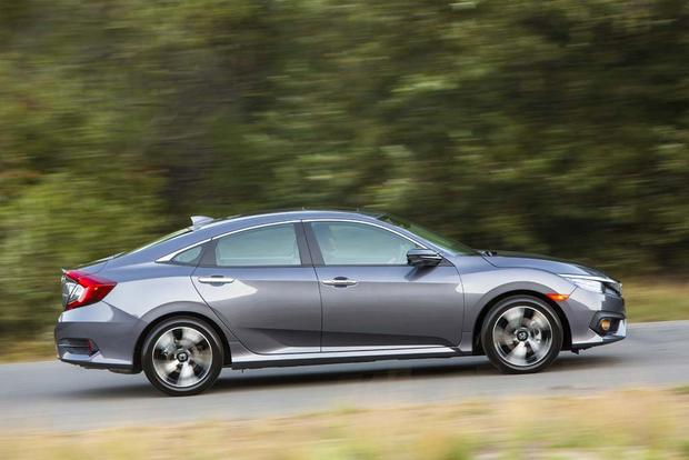 2016 Honda Civic: New Car Review featured image large thumb2
