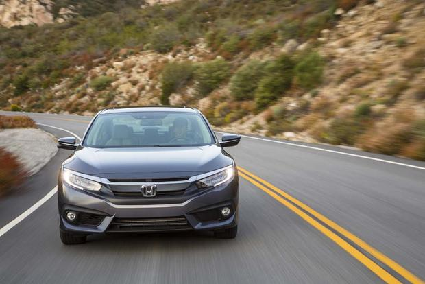 2016 Honda Civic: New Car Review featured image large thumb3