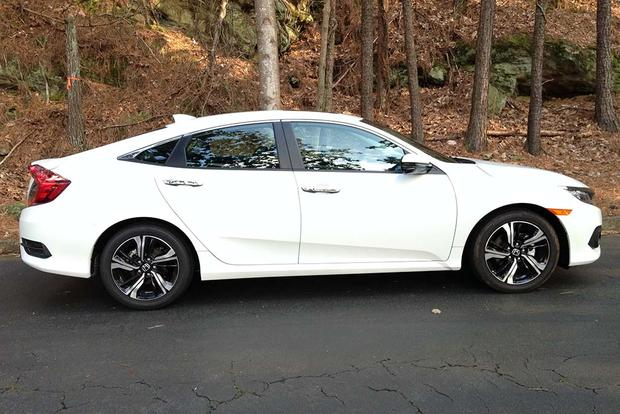 2016 Honda Civic: Real World Review featured image large thumb2