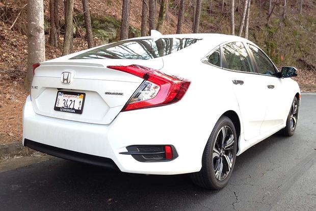 2016 Honda Civic: Real World Review featured image large thumb3