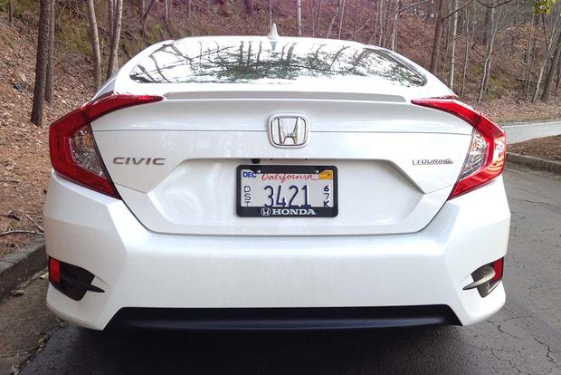 2016 Honda Civic: Real World Review featured image large thumb4