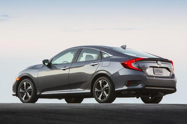 2016 Honda Civic vs. 2016 Toyota Corolla: Which is Better? featured image large thumb9