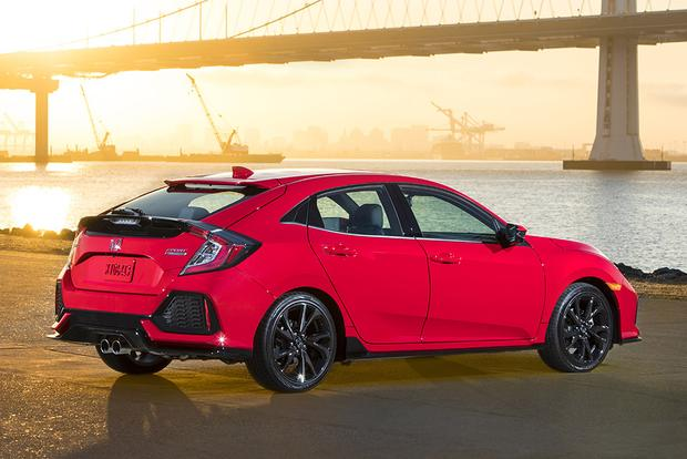 2017 Honda Civic Hatchback Vs Chevrolet Cruze Which Is Better Featured