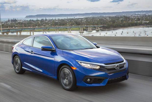 2017 Honda Civic: New Car Review featured image large thumb4
