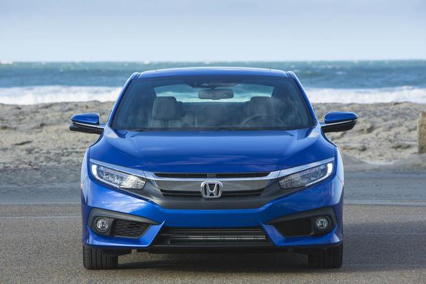 2017 Honda Civic: New Car Review featured image large thumb5