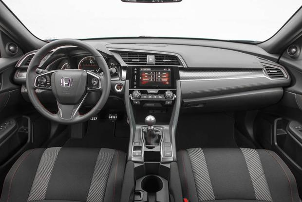 2017 Honda Civic Si First Drive Review Featured Image Large Thumb4