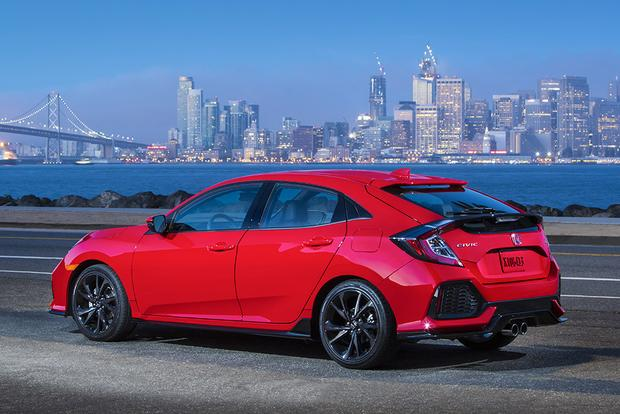 2017 Honda Civic Hatchback Vs Civic Sedan What S The