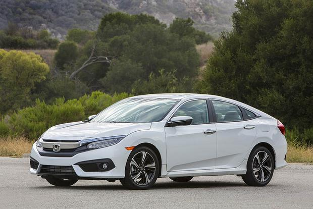2017 Honda Civic Hatchback vs. Civic Sedan: What's the ...