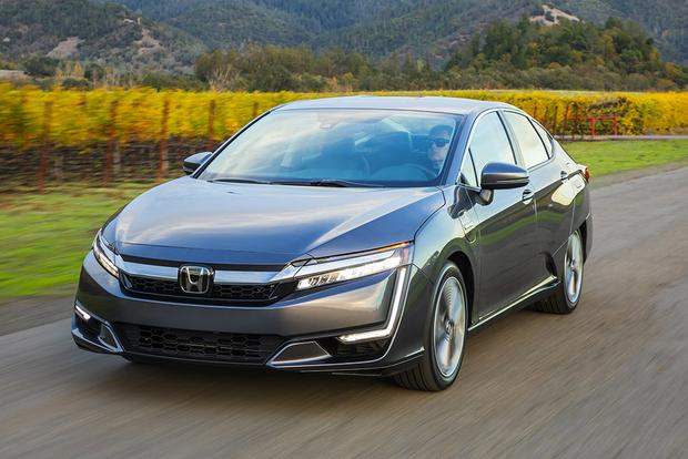 2018 Honda Clarity PHEV: First Drive Review featured image large thumb0