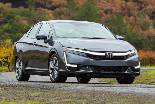 2018 Honda Clarity Phev First Drive Review Featured Image Large Thumb1