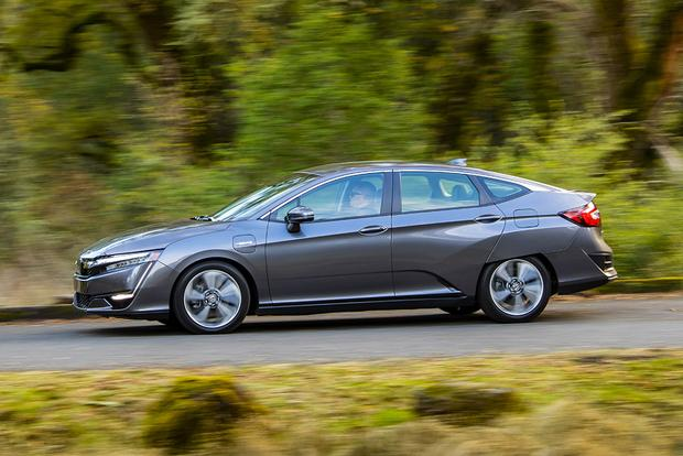 2018 Honda Clarity PHEV: First Drive Review featured image large thumb2