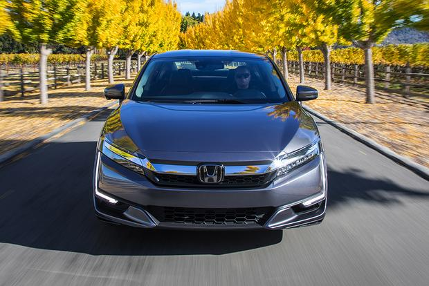 2018 Honda Clarity Phev First Drive Review Featured Image Large Thumb4