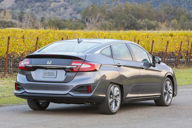 2018 Honda Clarity PHEV: First Drive Review featured image large thumb5