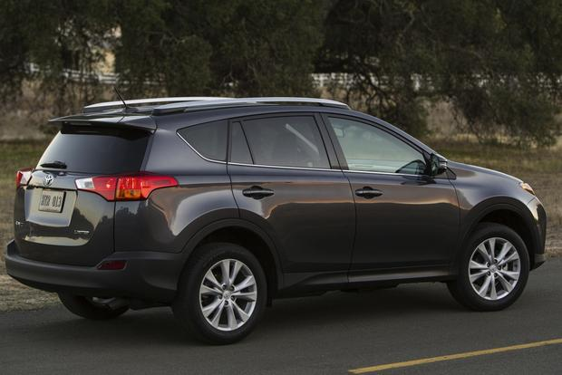 2013 Honda CR-V vs. 2013 Toyota RAV4 featured image large thumb1