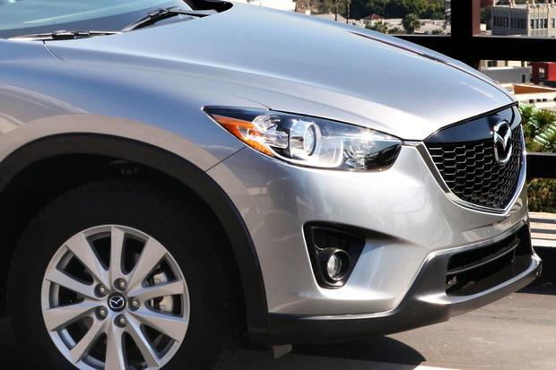 2014 Honda CR-V vs. 2014 Mazda CX-5: Which is Better? featured image large thumb6