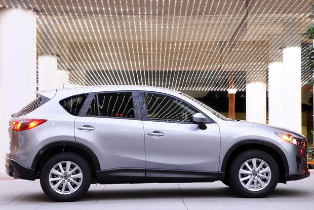 2014 Honda CR-V vs. 2014 Mazda CX-5: Which is Better? featured image large thumb11