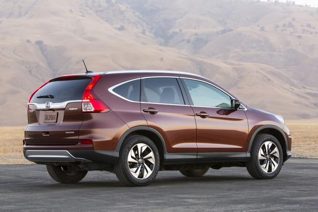 2015 Honda CR-V: Used Car Review featured image large thumb1