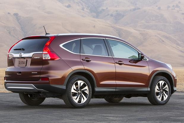 2014 vs. 2015 Honda CR-V: What's the Difference? featured image large thumb4