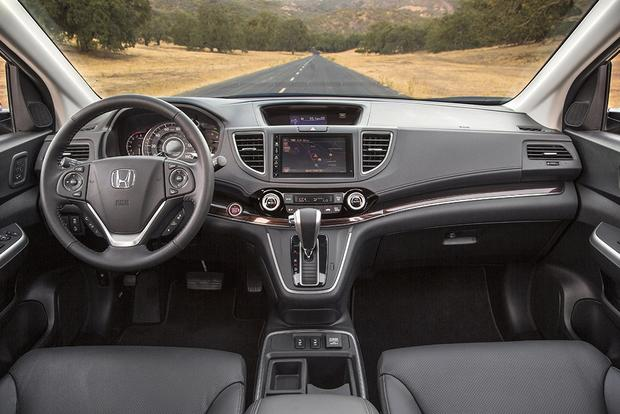 2015 Honda CR-V vs. 2016 Honda HR-V: What's the Difference? featured image large thumb1