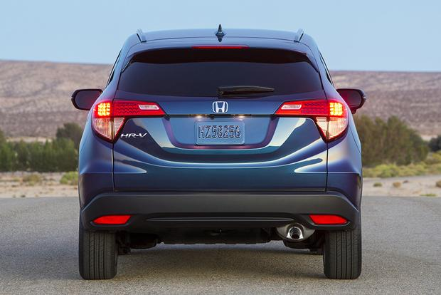 2015 Honda CR-V vs. 2016 Honda HR-V: What's the Difference? featured image large thumb8