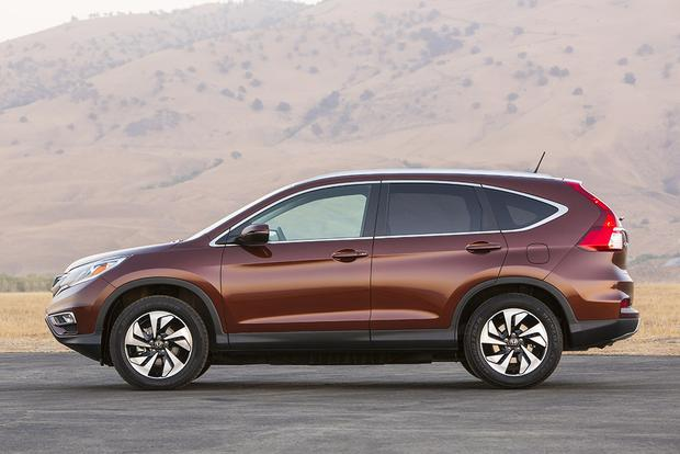 2017 2016 Honda Cr V Vs Toyota Rav4 Which