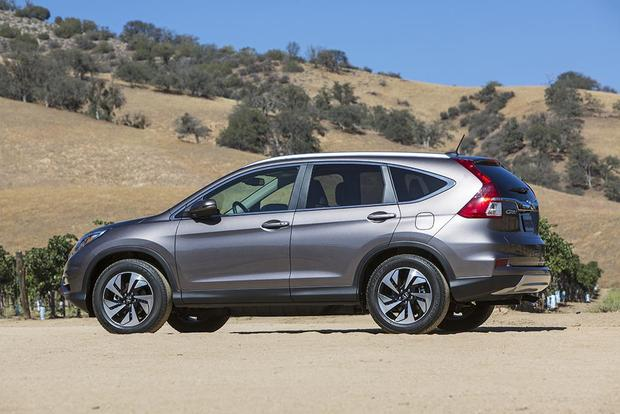 2016 Honda Cr V New Car Review Featured Image Large Thumb1