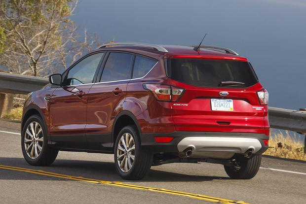2017 honda cr v vs 2017 ford escape which is better featured