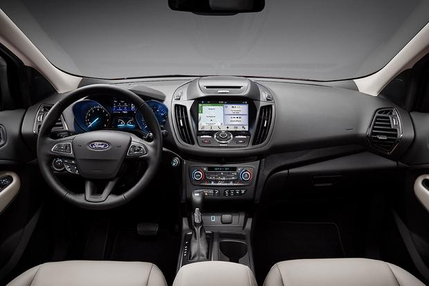 2017 Honda CR-V vs. 2017 Ford Escape: Which Is Better? featured image large thumb10
