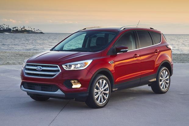 2017 Honda CR-V vs. 2017 Ford Escape: Which Is Better? featured image large thumb8