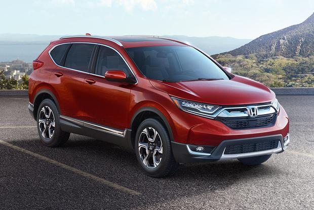 2016 Vs 2017 Honda Cr V What S The Difference Autotrader