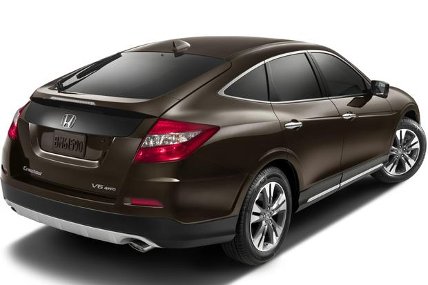 Awd Midsize Suv >> 2013 Honda Crosstour: New Car Review - Autotrader