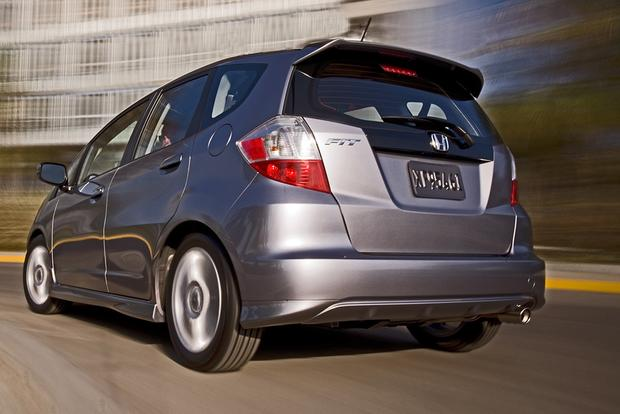 2009 honda fit used car review autotrader. Black Bedroom Furniture Sets. Home Design Ideas