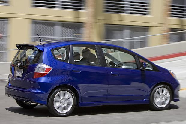 2011 honda fit used car review autotrader. Black Bedroom Furniture Sets. Home Design Ideas