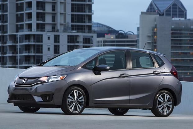 2013 Honda Fit vs. 2015 Honda Fit: What's the Difference? featured image large thumb1