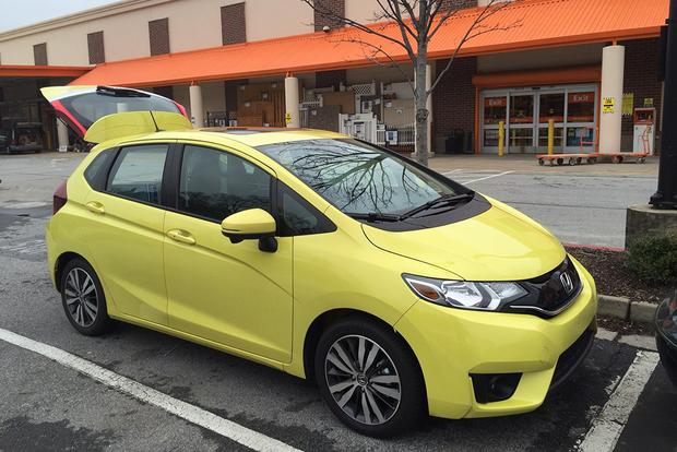 2015 Honda Fit: Big Benefits, Minor Problems featured image large thumb0
