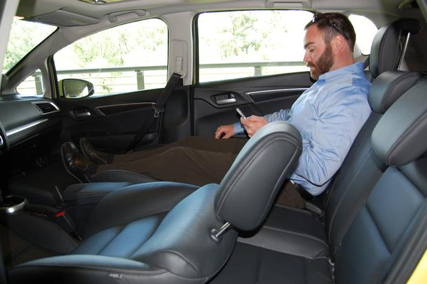2015 Honda Fit Seating Arrangements Featured Image Large Thumb0