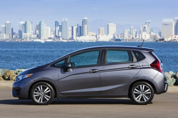 2015 Honda Fit: New Car Review featured image large thumb1