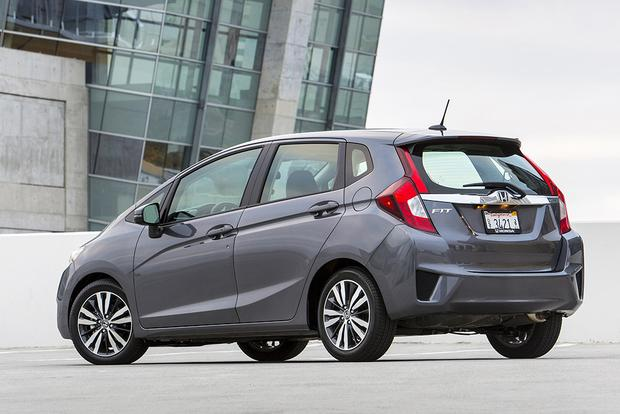 2016 Honda Fit: New Car Review featured image large thumb1