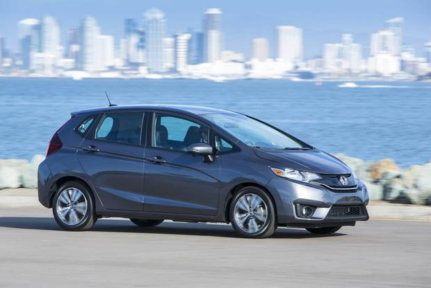 2017 Honda Fit: New Car Review featured image large thumb2