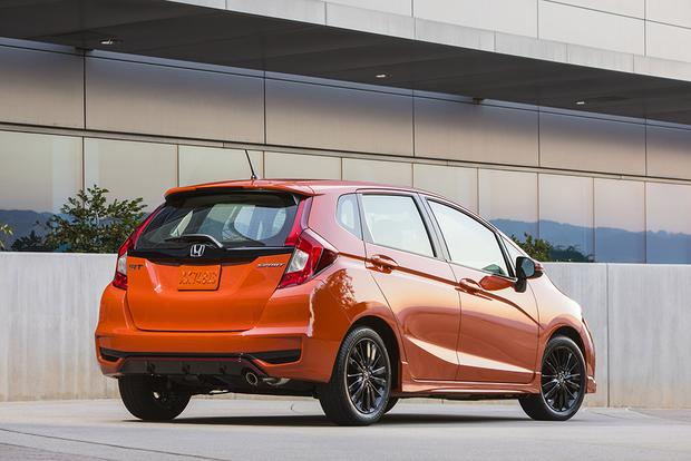 2018 Honda Fit: New Car Review featured image large thumb2