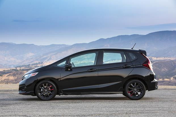 2018 Honda Fit: New Car Review featured image large thumb5